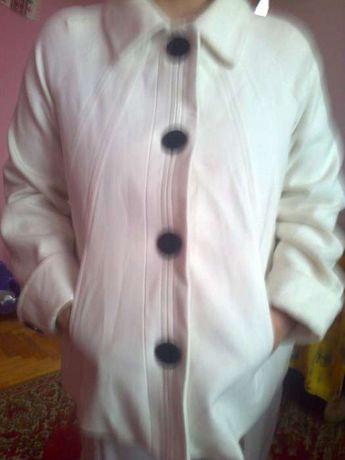 Куртка на вагітну