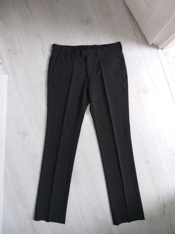 Męskie garniturowe spodnie na kant zara elegancka bluzeczkie wizytowe