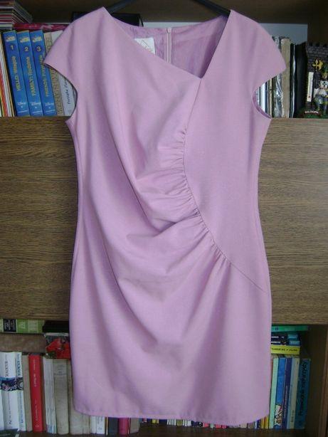 Sukienka pudrowa XL