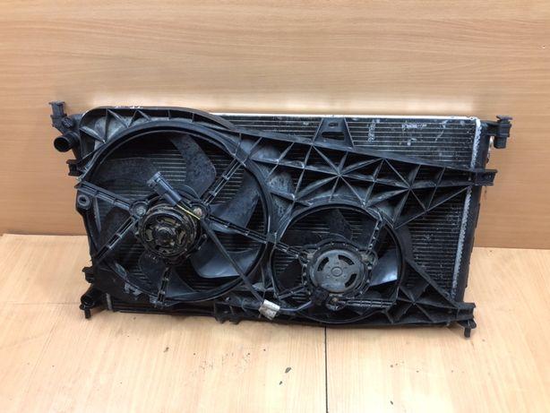 Вентилятор основного радиатора  2.5 DCI Рено Трафик Опель Виваро