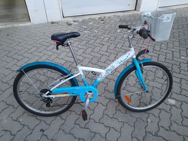 Bicicleta menina Decathlon roda 24