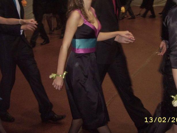 Piękna elegancka sukienka z kolekcji Beaty Cupriak, XS