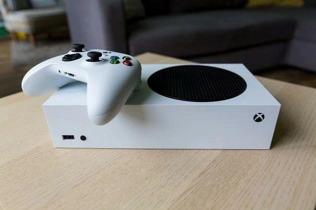 Xbox series S com caixa e garantia da Microsoft