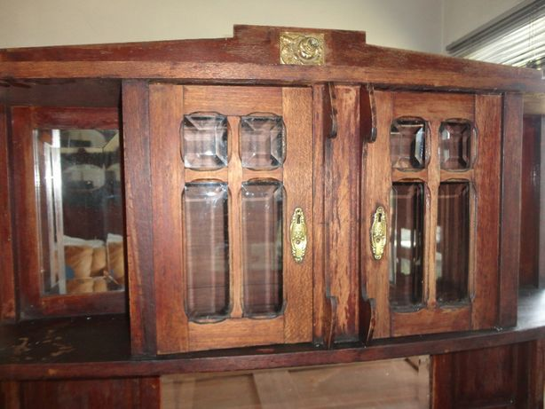 Antigos Dois louceiros um aparador de TV ARTE DECOR