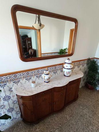 Móvel de entrada com espelho