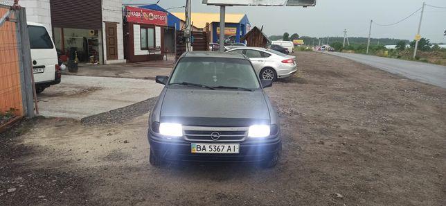 Opel Astra 1992    хорошее состояние
