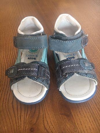 Sandałki Lasocki rozmiar 19 dł. wkładki 12 cm