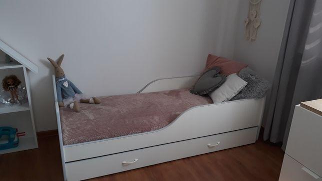 Sprzedam łóżko dziecięce białe wymiary 184 na 83 centymetry
