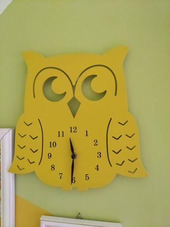 Zegarek na ścianę do pokoju dziecięcego