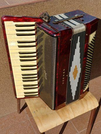 Akordeon Hohner Tango 5A 120 Basów 4 chóry