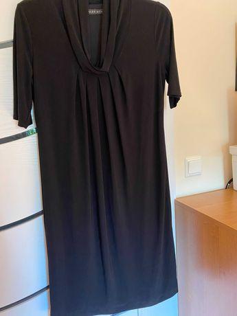 sukienka czarna z marszczeniem- dekold woda