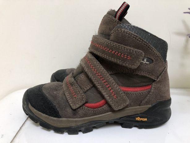 Ботинки кожаные Vibram, Германия. Размер 33