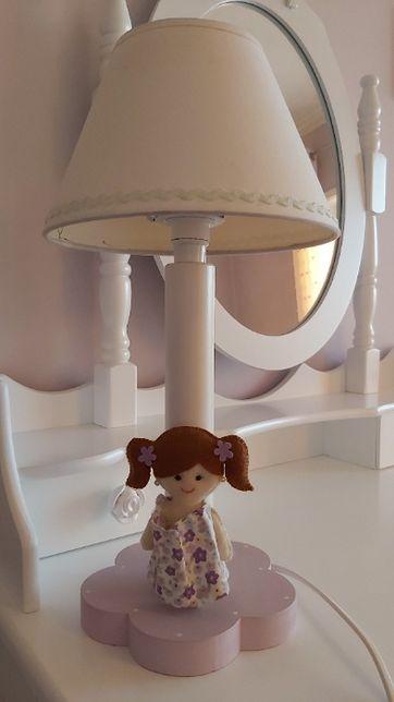 Candeeiro infantil de mesa de cabeceira ou de secretária