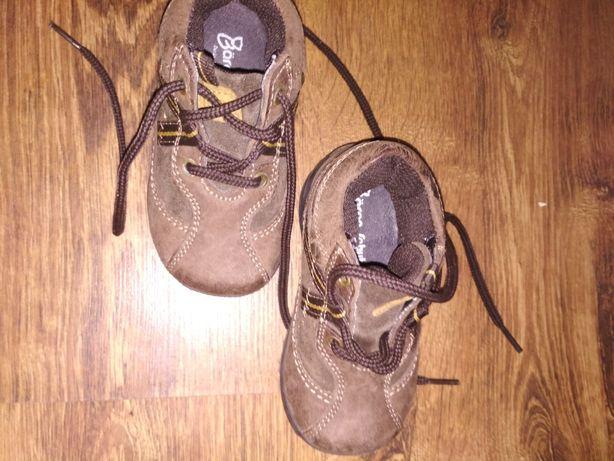 Продам ботиночки новые 20 р, по стельки 13  см производство Германия