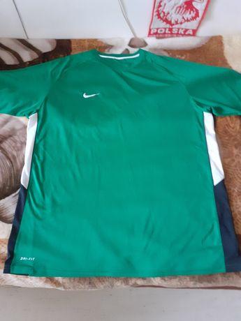 Koszulka firmy NIKE Dri-Fit w rozmiarze 2XL-3XL(Super stan)-Okazja