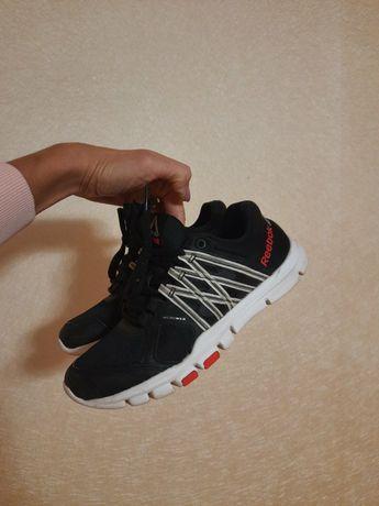 Reebok кроссовки оригинал кросівки стелька с эффектом пам memory foam