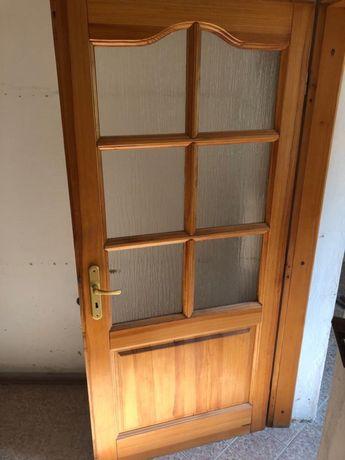 Drewniane drzwi skrzydło