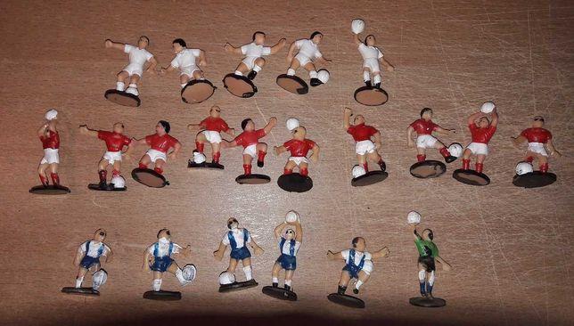 Lote de bonecos futebolistas
