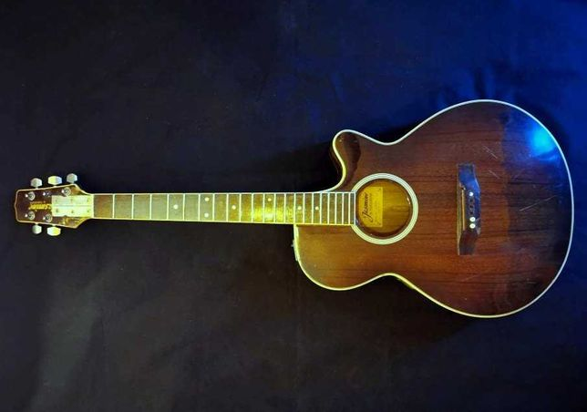 Guitarra Jasmine by Takamine TS99C - PENDENTE