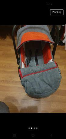 Fotelik samochodowy niemowlecy