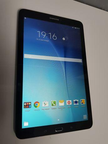 Продам планшет Samsung T 561 3g