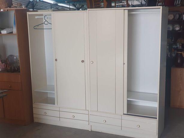 Roupeiros e móveis com gavetas, Low cost, para arrumação de roupas