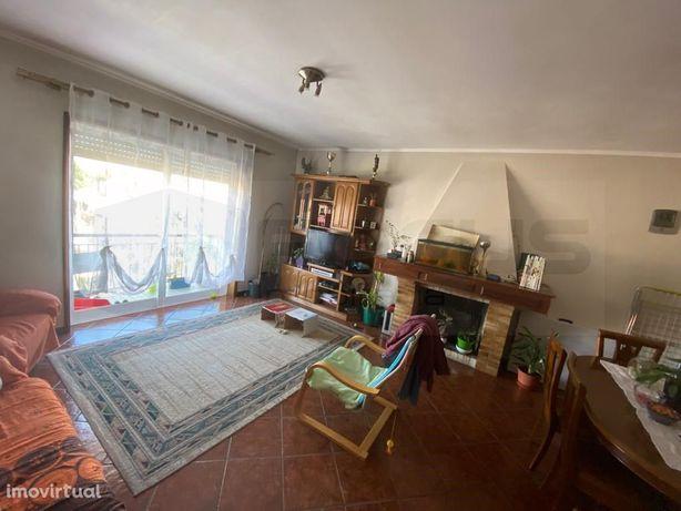 Apartamento T2 Aradas