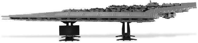 Lego Star Wars - UCS 10221 Super Star Destroyer