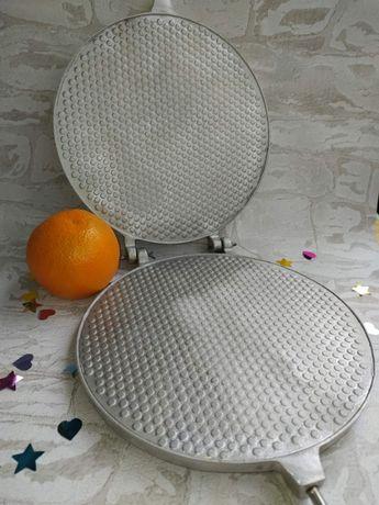 Вафельница большая круглая для трубочек и коржей (сковорода, форма)
