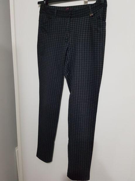 Eleganckie spodnie firmy Pachulska, r. 36.