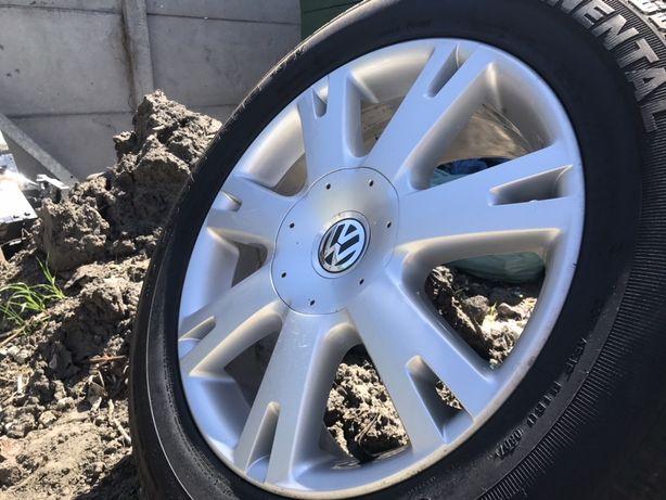 """Aulfelgi 18"""" VW Touareg 8J ET57 w oryginalnym lakierze idealny stan"""