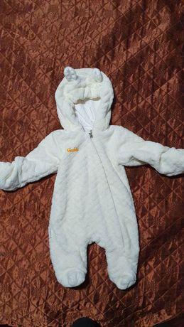 Теплый комбинезон для новорождённого