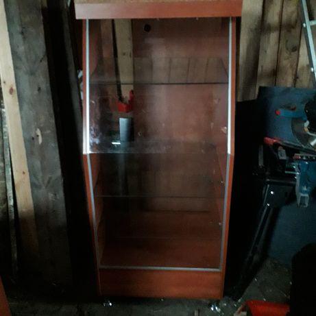 Witryna szklana do sklepu