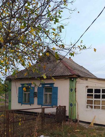Продам хату в селе