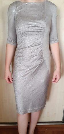 Sukienka z drapowaniem 38