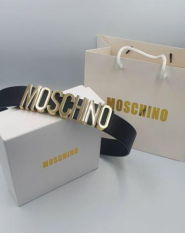 Женский кожаный ремень Moschino
