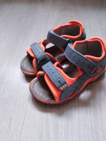 Sandały chłopięce rozmiar 28