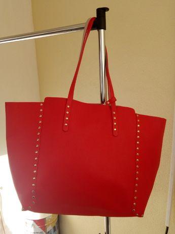 Shopper Zara reversivel, com bolsa interior.