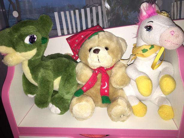 Мягкие игрушки динозавр,  мишка и лошадка