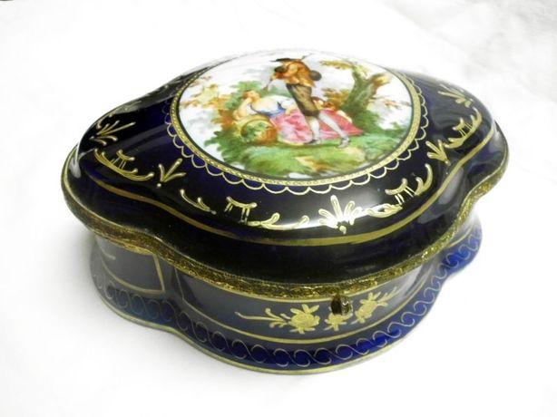antiga caixa francesa-porcelana pintada á mão-Chateau des trois mulins