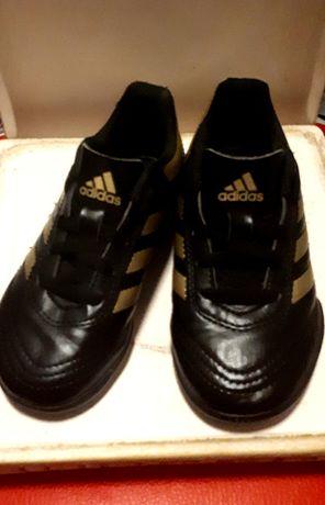 Adidas Крассовки,футзалки,бутсы шикарные новые кожаные