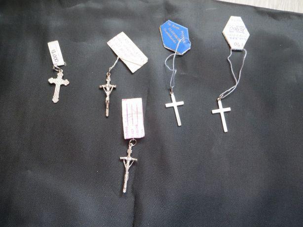 Серебряные крестики и колечки змейки. При покупке 2 крестиков- колечко