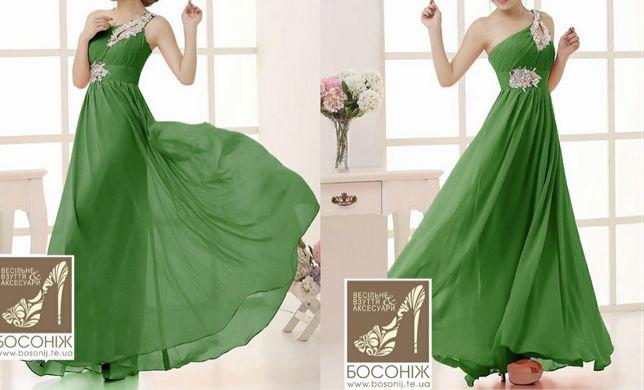 Дві сукні для дружок / плаття на випускний