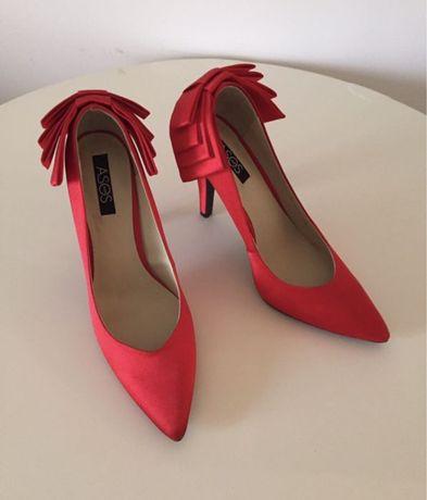 Sapatos de festa com laço ASOS