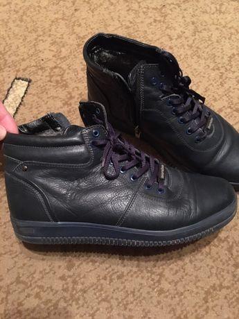 Ботинки кросовки кожаные макасины