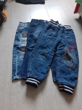 Продам джинсы для мальчика 250 за все