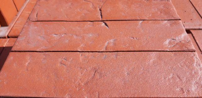 cegła lode LIBRA RS dziurawka czerwona tłoczona