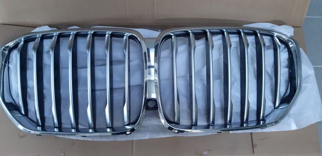 Решітка радіатора BMW X5 G05