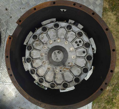 Sprzęgło hydrauliczno kinetyczne do sztaplarki takraft