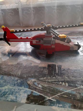 Helikopter z klocków lego